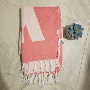 VS PINK blanket/throw/beach blanket